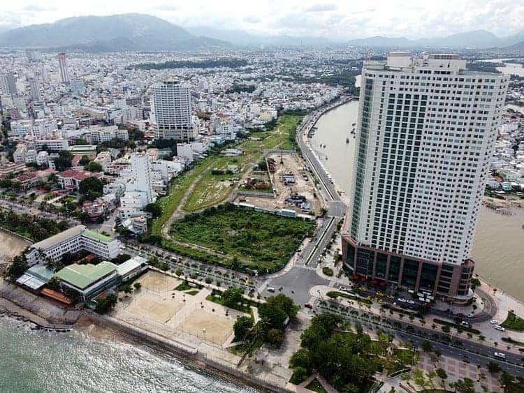 CĐT Phát Đạt vừa thông qua chủ trương mua thêm cổ phần