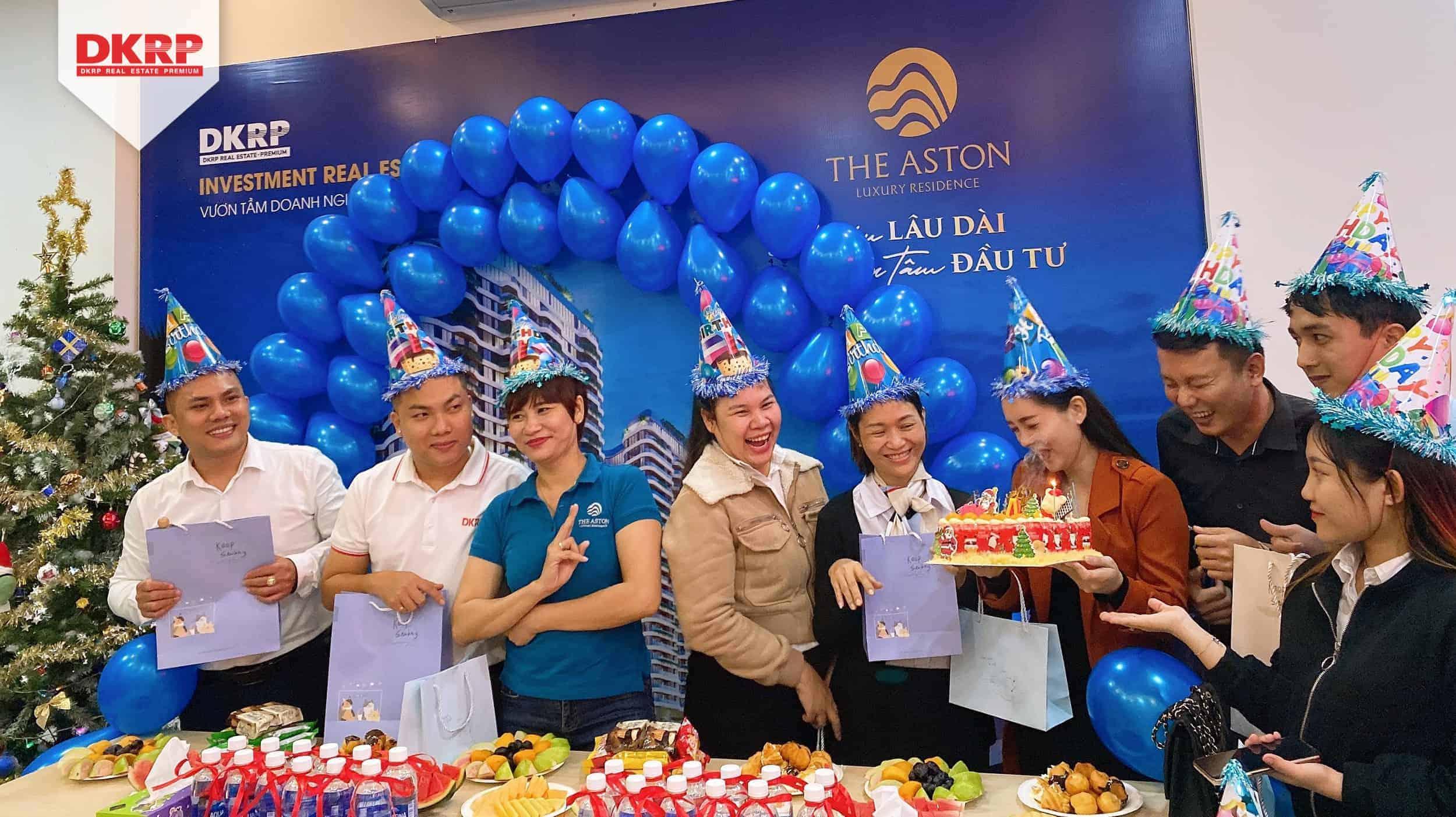 CBNV Danh Khôi Premium chi nhánh Nha Trang vui trọn sinh nhật tháng 12